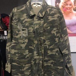Buckle coat